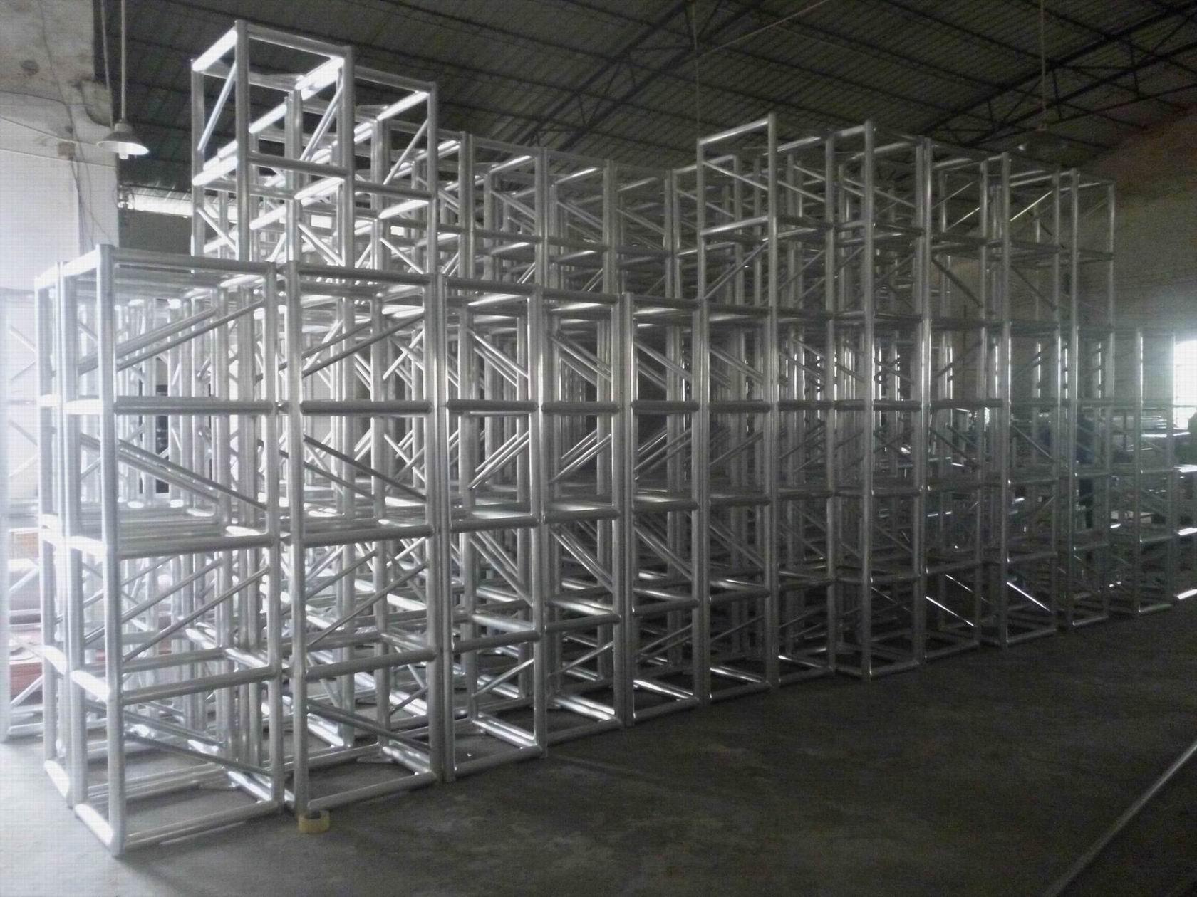 3m 300 Aluminum Screw Type Square Truss Structure