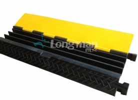 3 channel rubber cable ramp